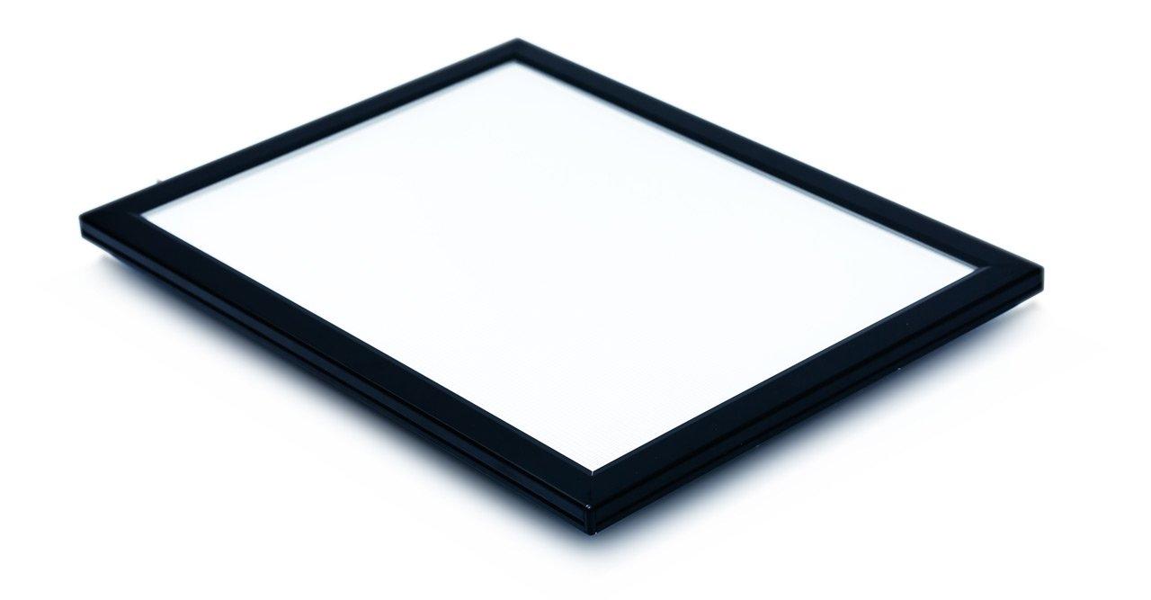 Black Frame Color